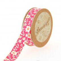 Nastro di cotone su una bobina - Bowtique - Nastro di cotone rosa con fiori bianchi - 15 mm x 5 m