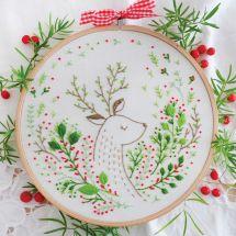 Kit per ricamo a tamburo - Tamar Nahir Yanai - Cervo di Natale