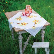Kit tovaglia da ricamo - Vervaco - Fiori e farfalle arancioni